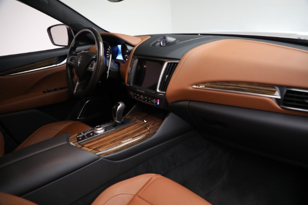 Used 2018 Maserati Levante GranSport for sale $57,900 at Rolls-Royce Motor Cars Greenwich in Greenwich CT 06830 25