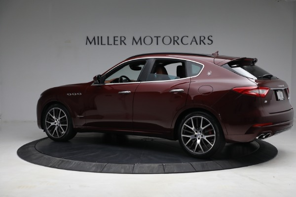 Used 2018 Maserati Levante GranSport for sale $57,900 at Rolls-Royce Motor Cars Greenwich in Greenwich CT 06830 4