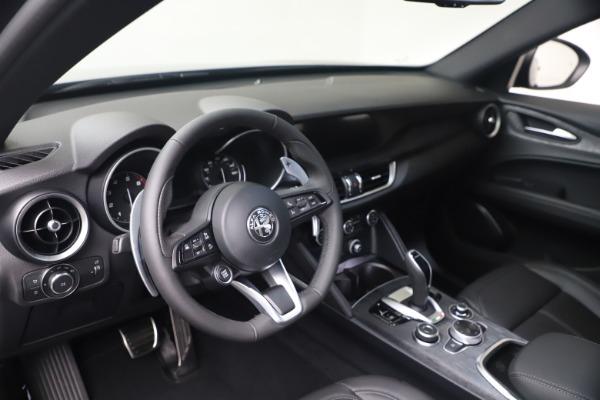 New 2022 Alfa Romeo Stelvio Sprint for sale $52,305 at Rolls-Royce Motor Cars Greenwich in Greenwich CT 06830 13