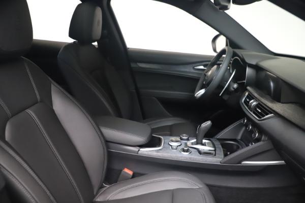 New 2022 Alfa Romeo Stelvio Sprint for sale $52,305 at Rolls-Royce Motor Cars Greenwich in Greenwich CT 06830 19