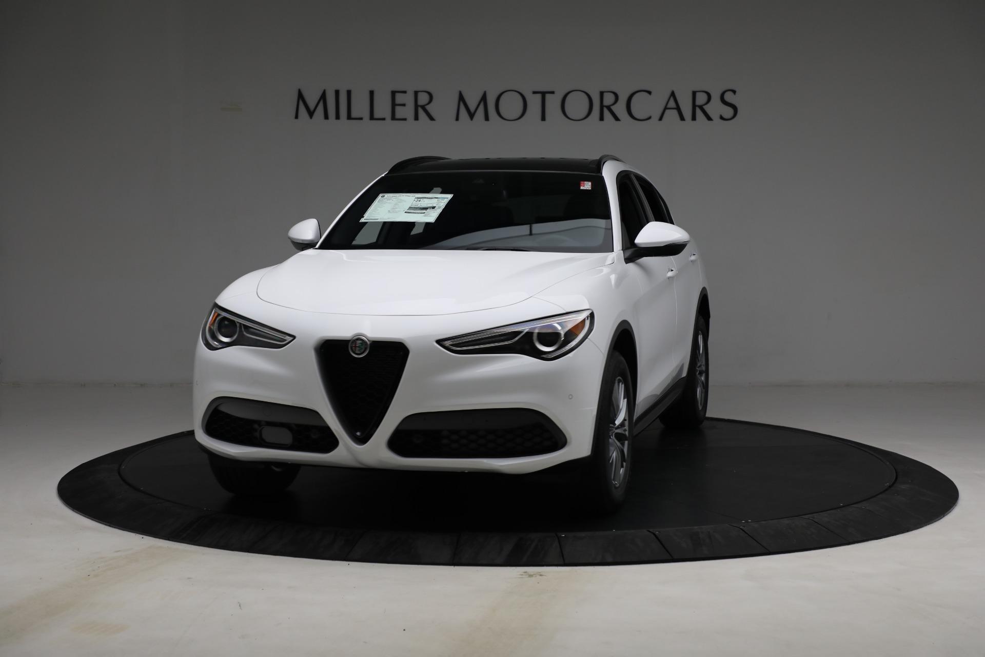 New 2022 Alfa Romeo Stelvio Sprint for sale $50,445 at Rolls-Royce Motor Cars Greenwich in Greenwich CT 06830 1
