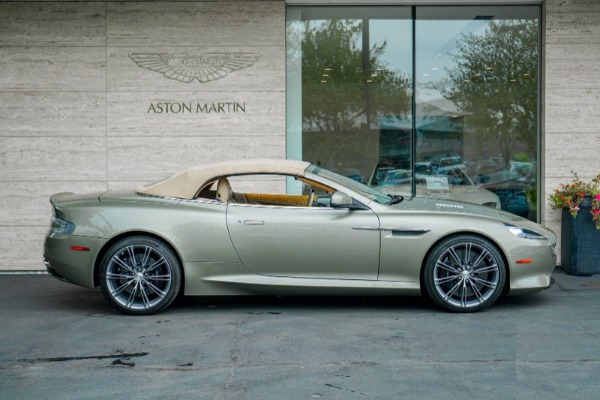 Used 2015 Aston Martin DB9 Volante for sale $119,990 at Rolls-Royce Motor Cars Greenwich in Greenwich CT 06830 3
