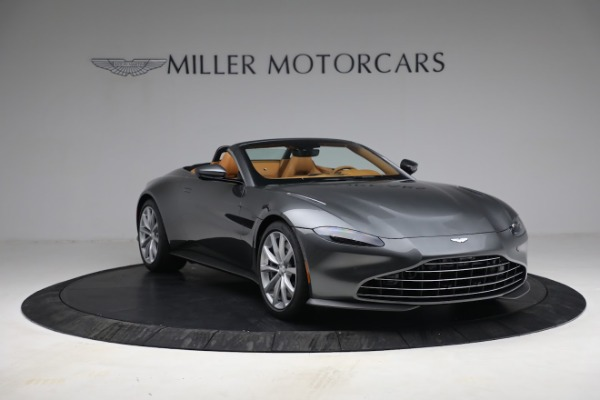 New 2021 Aston Martin Vantage Roadster for sale $174,586 at Rolls-Royce Motor Cars Greenwich in Greenwich CT 06830 10