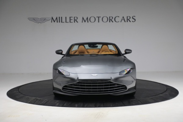 New 2021 Aston Martin Vantage Roadster for sale $174,586 at Rolls-Royce Motor Cars Greenwich in Greenwich CT 06830 11