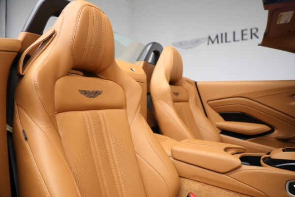 New 2021 Aston Martin Vantage Roadster for sale $174,586 at Rolls-Royce Motor Cars Greenwich in Greenwich CT 06830 17