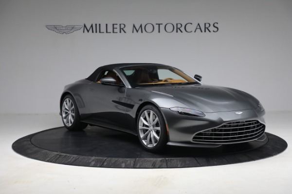 New 2021 Aston Martin Vantage Roadster for sale $174,586 at Rolls-Royce Motor Cars Greenwich in Greenwich CT 06830 22