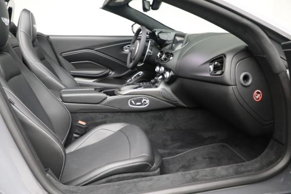 New 2021 Aston Martin Vantage Roadster for sale $180,286 at Rolls-Royce Motor Cars Greenwich in Greenwich CT 06830 19