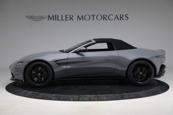 New 2021 Aston Martin Vantage Roadster for sale $180,286 at Rolls-Royce Motor Cars Greenwich in Greenwich CT 06830 22