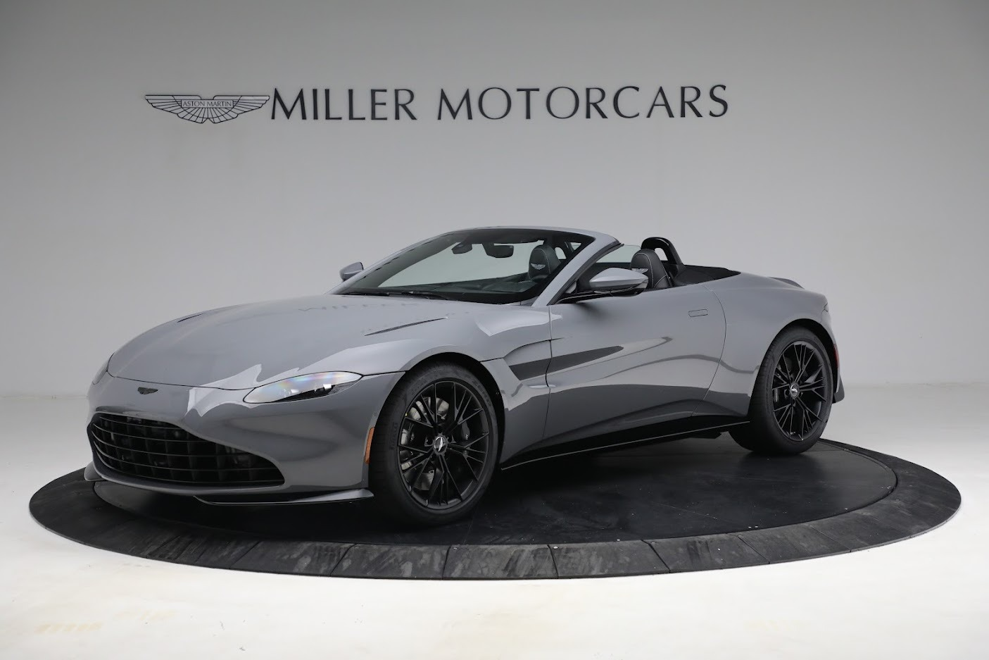 New 2021 Aston Martin Vantage Roadster for sale $180,286 at Rolls-Royce Motor Cars Greenwich in Greenwich CT 06830 1
