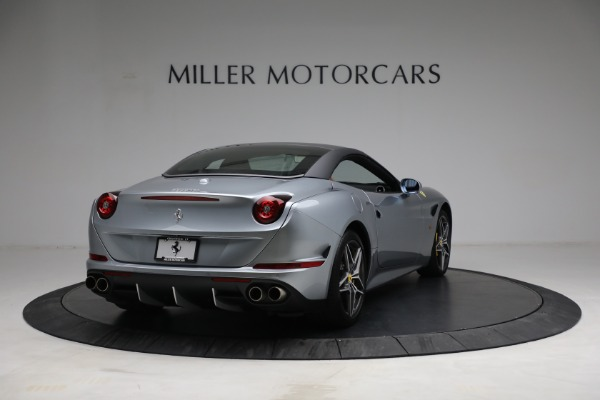 Used 2017 Ferrari California T for sale Call for price at Rolls-Royce Motor Cars Greenwich in Greenwich CT 06830 19