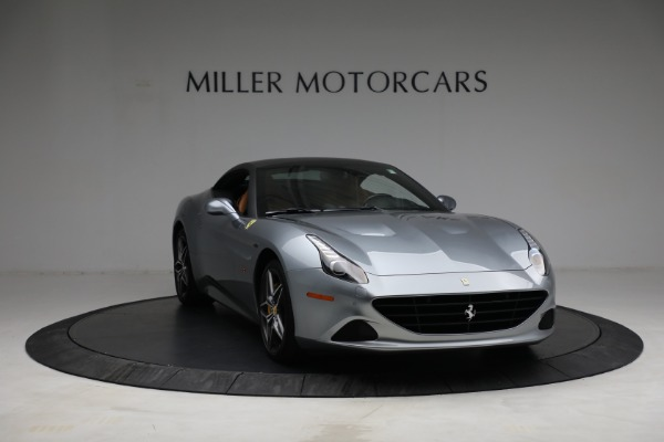 Used 2017 Ferrari California T for sale Call for price at Rolls-Royce Motor Cars Greenwich in Greenwich CT 06830 23