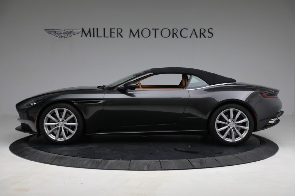 Used 2019 Aston Martin DB11 Volante for sale $212,990 at Rolls-Royce Motor Cars Greenwich in Greenwich CT 06830 17