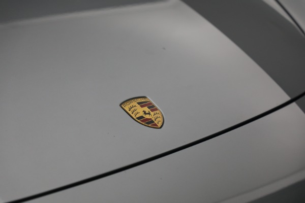Used 2018 Porsche Panamera 4 Sport Turismo for sale Call for price at Rolls-Royce Motor Cars Greenwich in Greenwich CT 06830 14