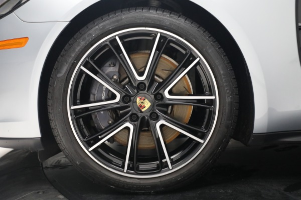 Used 2018 Porsche Panamera 4 Sport Turismo for sale Call for price at Rolls-Royce Motor Cars Greenwich in Greenwich CT 06830 15