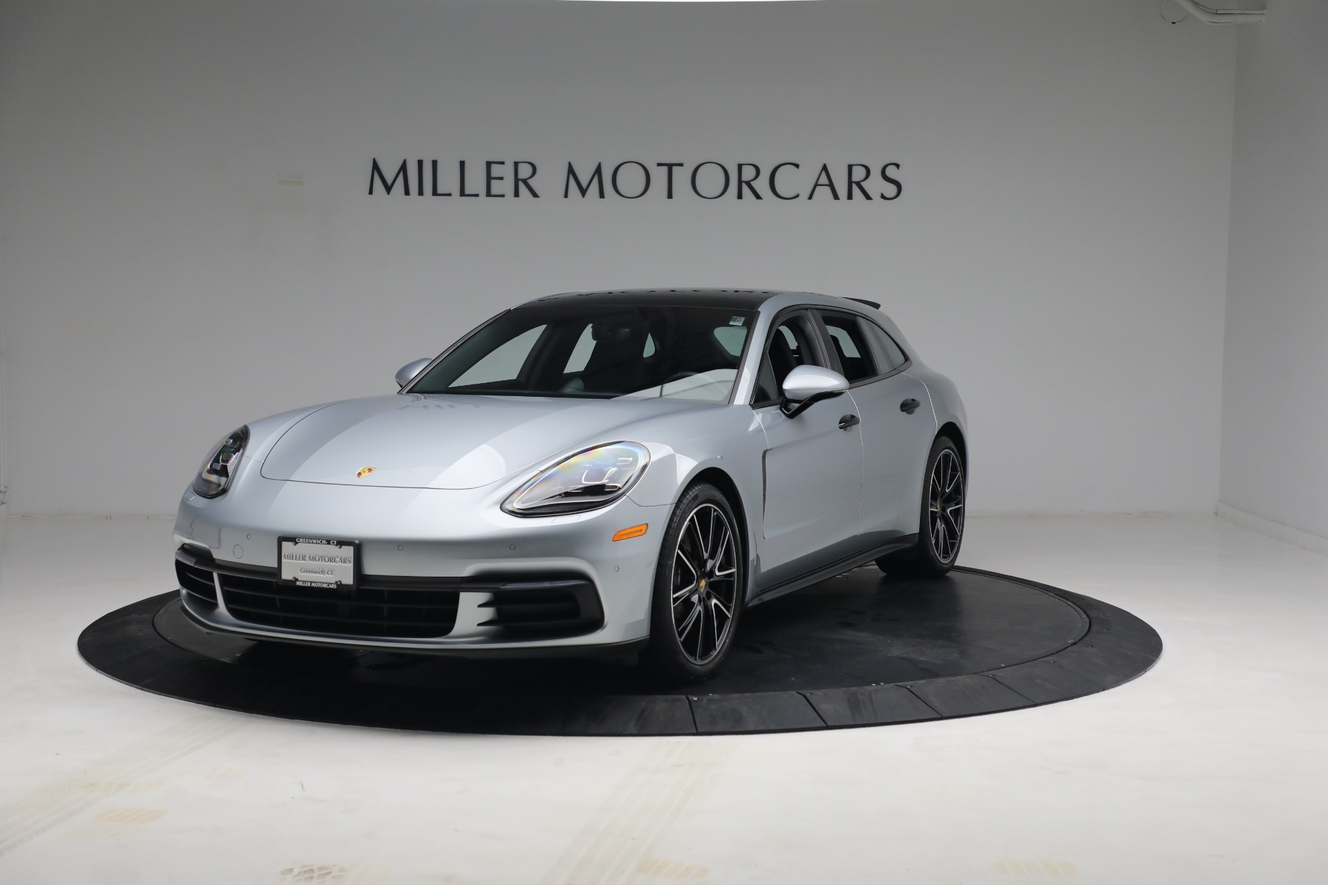Used 2018 Porsche Panamera 4 Sport Turismo for sale Call for price at Rolls-Royce Motor Cars Greenwich in Greenwich CT 06830 1