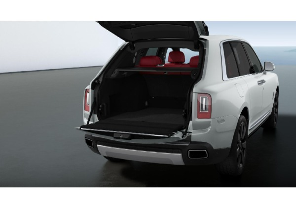 New 2022 Rolls-Royce Cullinan for sale Call for price at Rolls-Royce Motor Cars Greenwich in Greenwich CT 06830 4