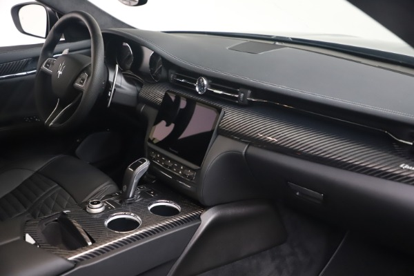 New 2022 Maserati Quattroporte Modena Q4 for sale $131,195 at Rolls-Royce Motor Cars Greenwich in Greenwich CT 06830 18