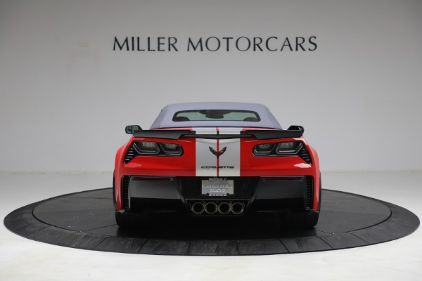Used 2015 Chevrolet Corvette Z06 for sale $89,900 at Rolls-Royce Motor Cars Greenwich in Greenwich CT 06830 18