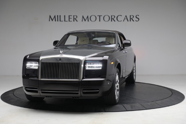 Used 2015 Rolls-Royce Phantom Drophead Coupe for sale Call for price at Rolls-Royce Motor Cars Greenwich in Greenwich CT 06830 14