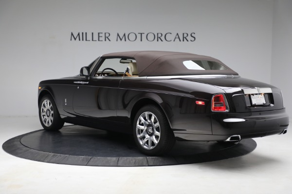 Used 2015 Rolls-Royce Phantom Drophead Coupe for sale Call for price at Rolls-Royce Motor Cars Greenwich in Greenwich CT 06830 18