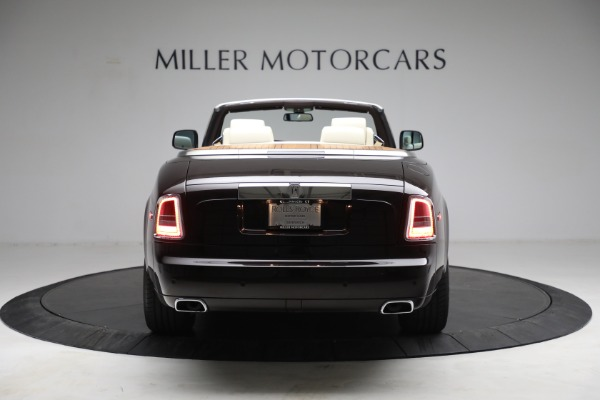 Used 2015 Rolls-Royce Phantom Drophead Coupe for sale Call for price at Rolls-Royce Motor Cars Greenwich in Greenwich CT 06830 7