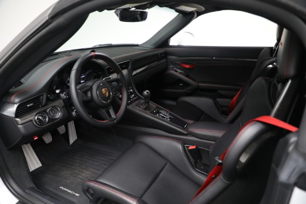 Used 2019 Porsche 911 Speedster for sale $395,900 at Rolls-Royce Motor Cars Greenwich in Greenwich CT 06830 22