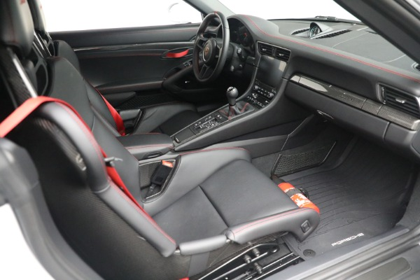 Used 2019 Porsche 911 Speedster for sale $395,900 at Rolls-Royce Motor Cars Greenwich in Greenwich CT 06830 25