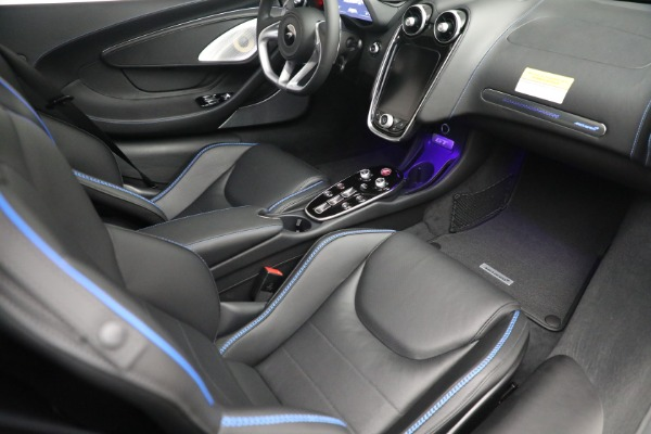 New 2022 McLaren GT Luxe for sale $228,080 at Rolls-Royce Motor Cars Greenwich in Greenwich CT 06830 20