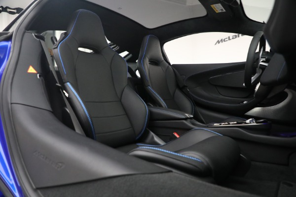 New 2022 McLaren GT Luxe for sale $228,080 at Rolls-Royce Motor Cars Greenwich in Greenwich CT 06830 22