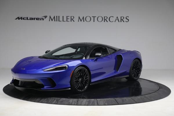 2022 McLaren GT