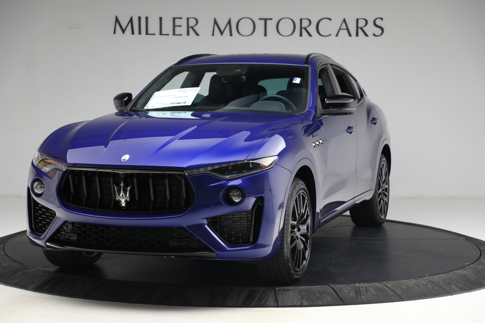 New 2022 Maserati Levante Modena for sale $108,475 at Rolls-Royce Motor Cars Greenwich in Greenwich CT 06830 1