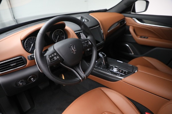 New 2022 Maserati Levante Modena for sale $104,545 at Rolls-Royce Motor Cars Greenwich in Greenwich CT 06830 13