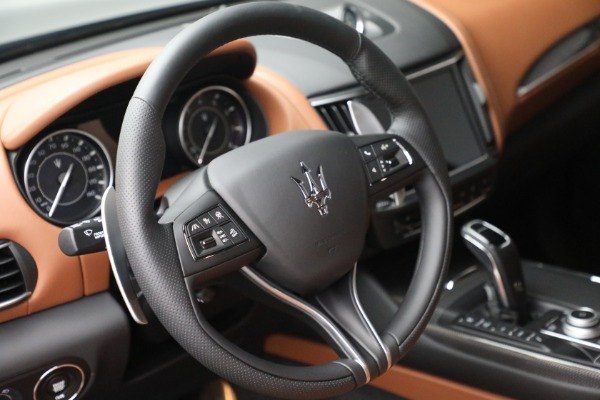 New 2022 Maserati Levante Modena for sale $104,545 at Rolls-Royce Motor Cars Greenwich in Greenwich CT 06830 17