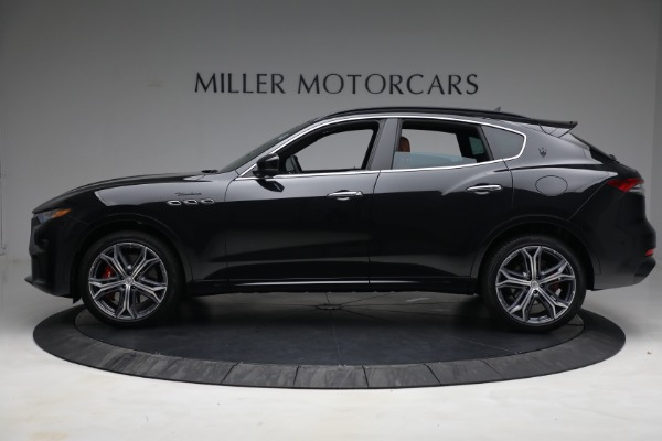 New 2022 Maserati Levante Modena for sale $104,545 at Rolls-Royce Motor Cars Greenwich in Greenwich CT 06830 3