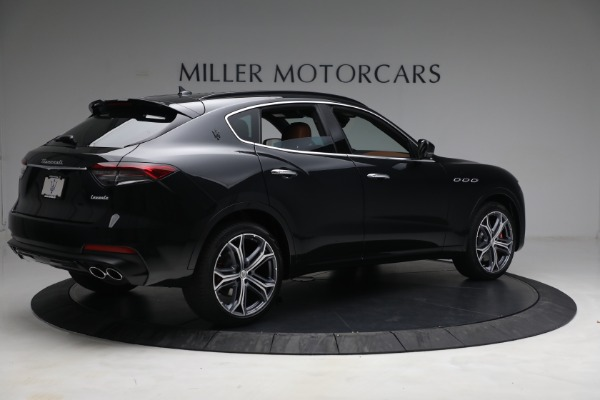 New 2022 Maserati Levante Modena for sale $104,545 at Rolls-Royce Motor Cars Greenwich in Greenwich CT 06830 8
