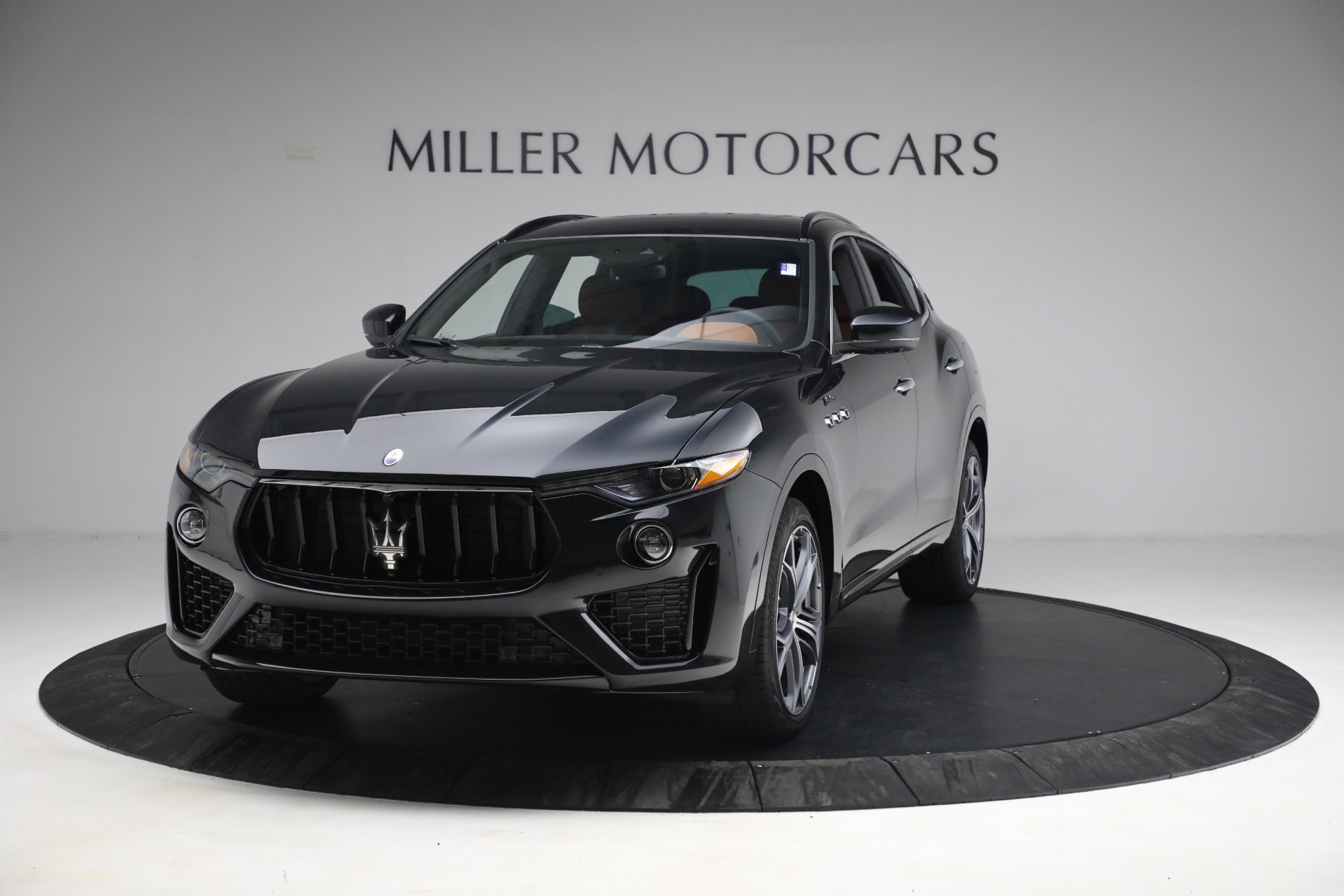 New 2022 Maserati Levante Modena for sale $104,545 at Rolls-Royce Motor Cars Greenwich in Greenwich CT 06830 1