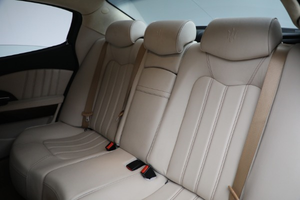 Used 2011 Maserati Quattroporte for sale Sold at Rolls-Royce Motor Cars Greenwich in Greenwich CT 06830 20