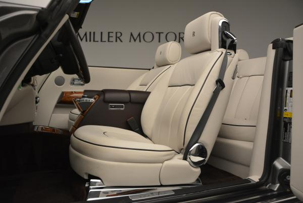 Used 2015 Rolls-Royce Phantom Drophead Coupe for sale Sold at Rolls-Royce Motor Cars Greenwich in Greenwich CT 06830 26