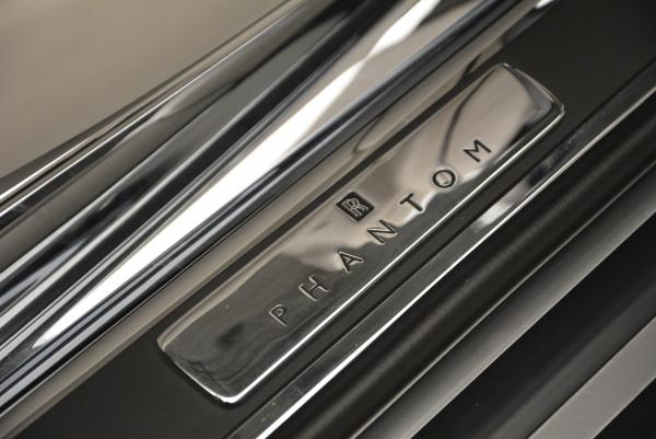 Used 2015 Rolls-Royce Phantom Drophead Coupe for sale Sold at Rolls-Royce Motor Cars Greenwich in Greenwich CT 06830 27