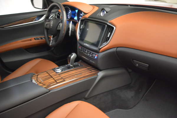 New 2017 Maserati Ghibli S Q4 for sale Sold at Rolls-Royce Motor Cars Greenwich in Greenwich CT 06830 19