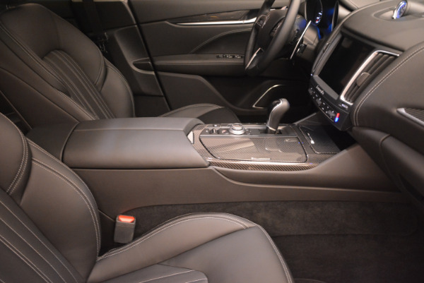 New 2017 Maserati Levante 350hp for sale Sold at Rolls-Royce Motor Cars Greenwich in Greenwich CT 06830 20
