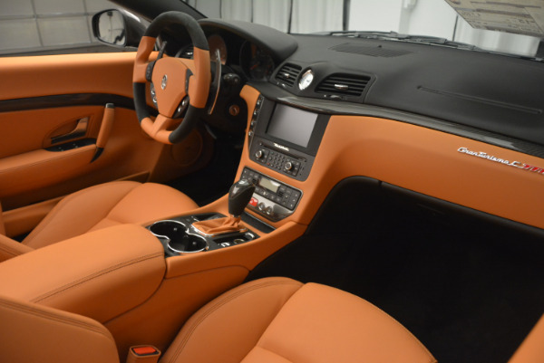 New 2017 Maserati GranTurismo MC CONVERTIBLE for sale Sold at Rolls-Royce Motor Cars Greenwich in Greenwich CT 06830 27
