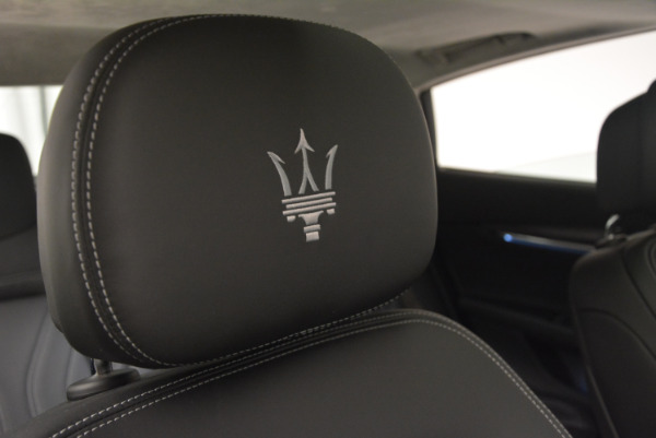 New 2017 Maserati Quattroporte S Q4 GranLusso for sale Sold at Rolls-Royce Motor Cars Greenwich in Greenwich CT 06830 24