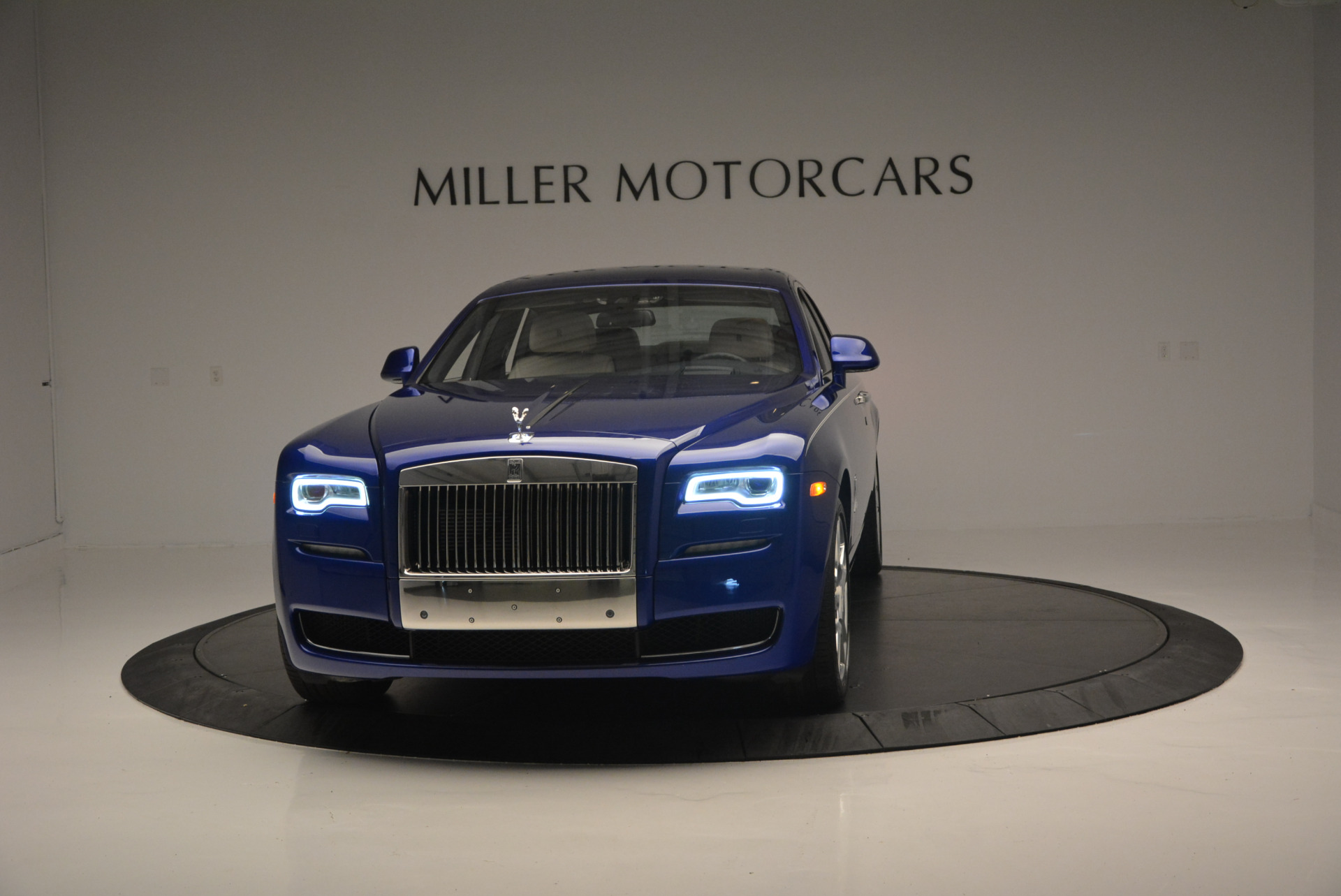 Used 2016 ROLLS-ROYCE GHOST SERIES II for sale Sold at Rolls-Royce Motor Cars Greenwich in Greenwich CT 06830 1