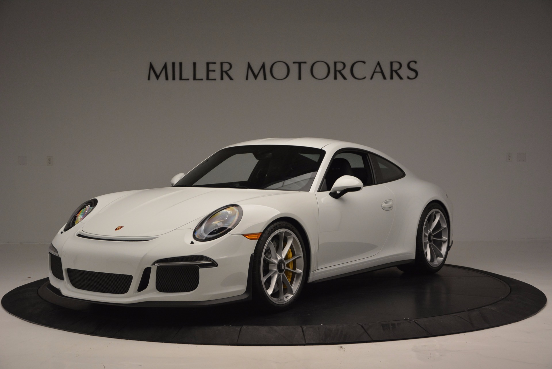 Used 2016 Porsche 911 R for sale Sold at Rolls-Royce Motor Cars Greenwich in Greenwich CT 06830 1