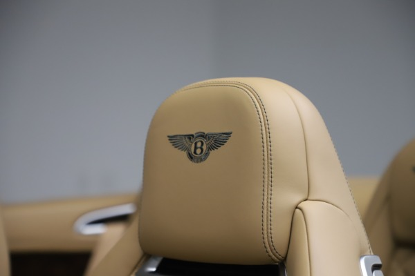 Used 2017 Bentley Continental GTC V8 S for sale $149,900 at Rolls-Royce Motor Cars Greenwich in Greenwich CT 06830 28