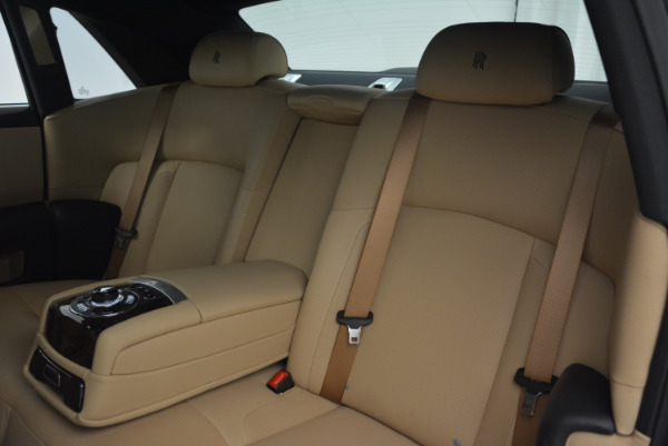 Used 2011 Rolls-Royce Ghost for sale Sold at Rolls-Royce Motor Cars Greenwich in Greenwich CT 06830 22