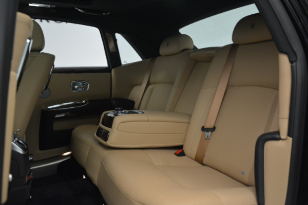Used 2011 Rolls-Royce Ghost for sale Sold at Rolls-Royce Motor Cars Greenwich in Greenwich CT 06830 23