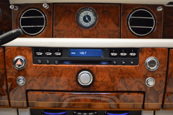 Used 2011 Rolls-Royce Phantom for sale Sold at Rolls-Royce Motor Cars Greenwich in Greenwich CT 06830 14