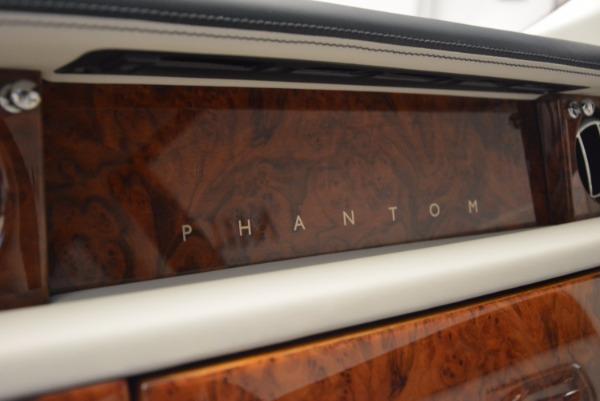 Used 2011 Rolls-Royce Phantom for sale Sold at Rolls-Royce Motor Cars Greenwich in Greenwich CT 06830 15